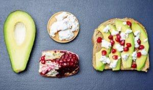 brunch : Tartines Feta Avocat et grenade